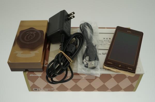Q-pot. Phone SH-04D docomo