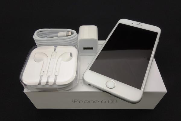 iPhone 6s 128GB SIMフリー [シルバー]