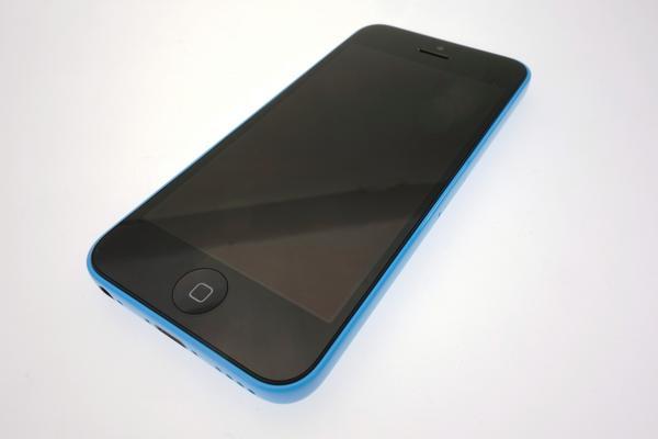 iPhone 5c 16GB SoftBank [�u���[]