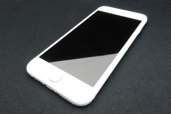iPhone 6 16GB SoftBank [�V���o�[]