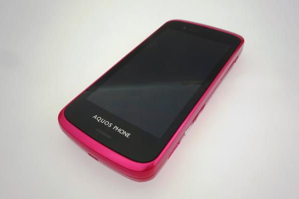 AQUOS PHONE SL IS15SH au [�J�V�X�s���N]