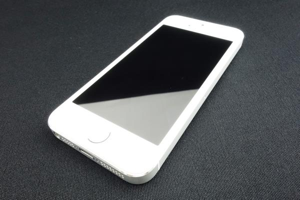 iPhone 5s 16GB au [�V���o�[]