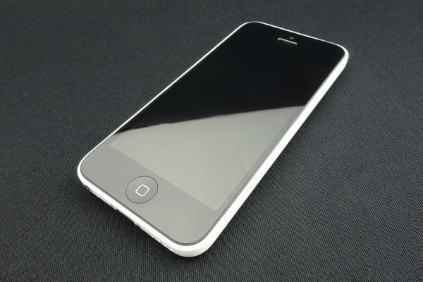 iPhone 5c 16GB au [�z���C�g]