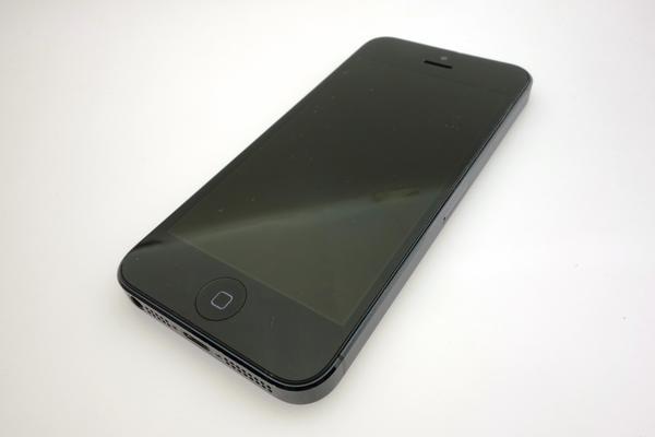 iPhone 5 16GB SoftBank [�u���b�N&�X���[�g]