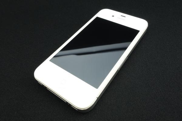 iPhone 4S 16GB SoftBank [�z���C�g]