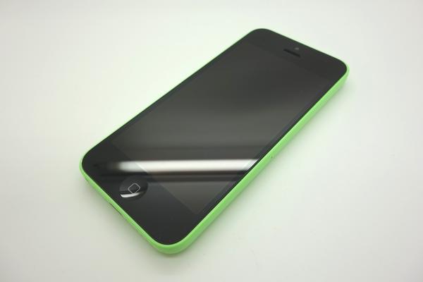 iPhone 5c 32GB au [�O���[��]
