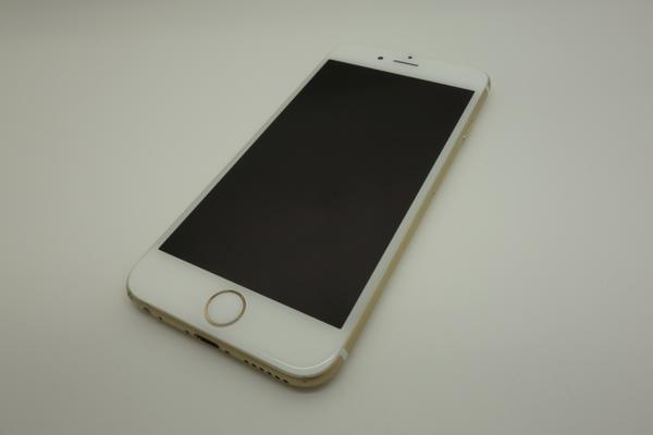 iPhone 6 16GB docomo [�S�[���h]