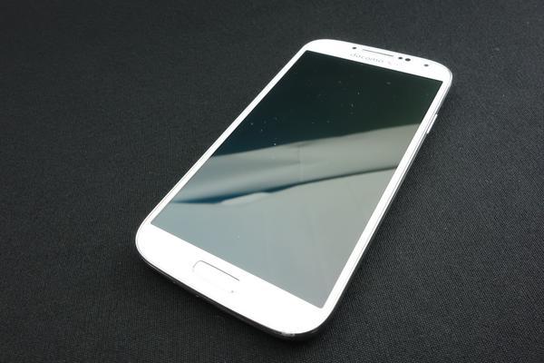 GALAXY S4 SC-04E docomo [White Frost]