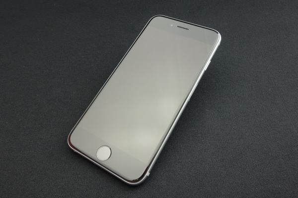 iPhone 6s 16GB SIMフリー [スペースグレイ]