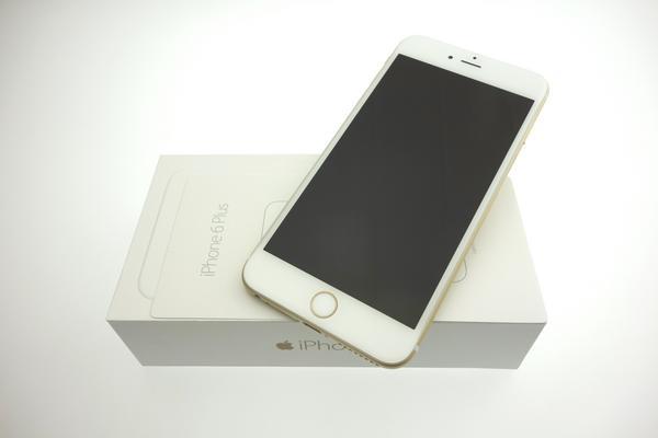 iPhone 6 Plus 64GB docomo [�S�[���h]