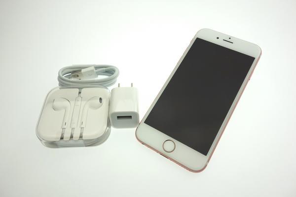 iPhone 6s 16GB au [ローズゴールド]