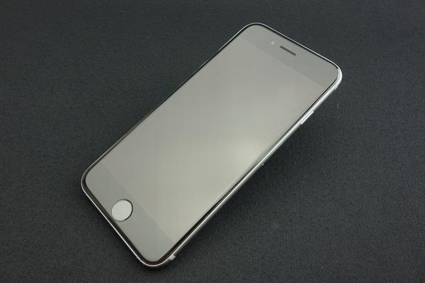 iPhone 6 128GB au [スペースグレイ]
