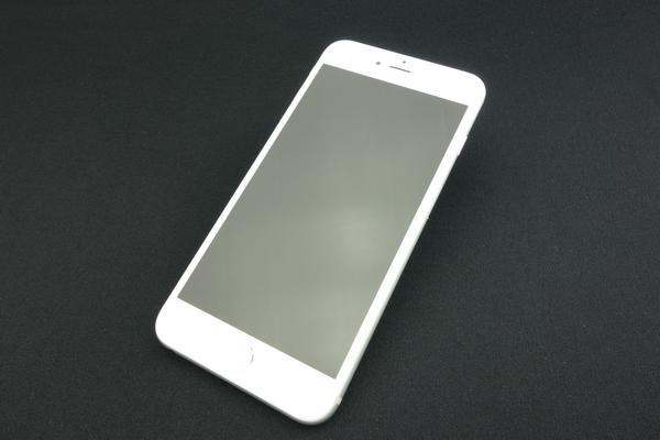 iPhone 6 Plus 64GB au [シルバー]