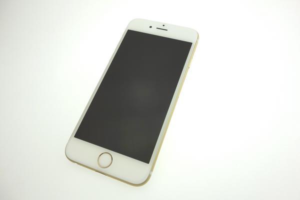 iPhone 6 64GB docomo [ゴールド]