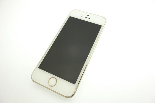 iPhone 5s 64GB docomo [ゴールド]