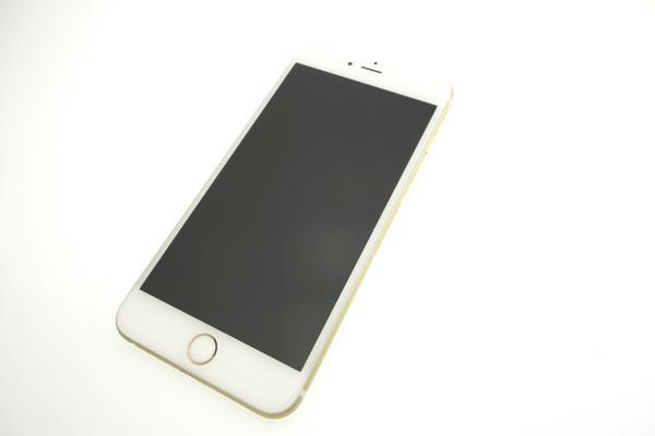 iPhone 6 Plus 64GB au [ゴールド]