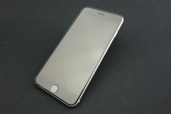 iPhone 6s Plus 64GB SoftBank [スペースグレイ]