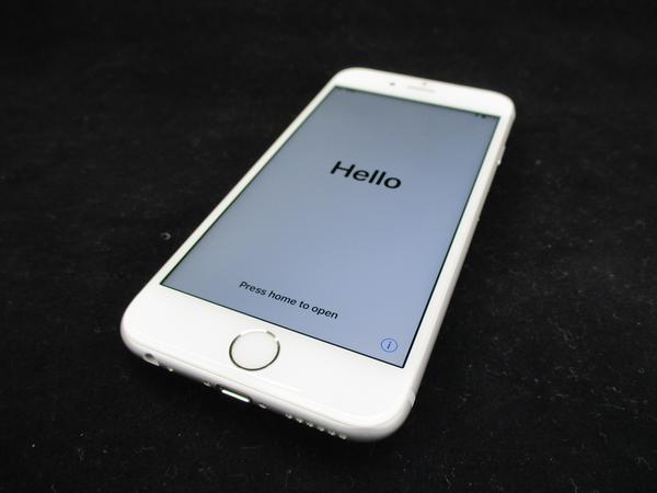iPhone 6s 64GB docomo [シルバー]