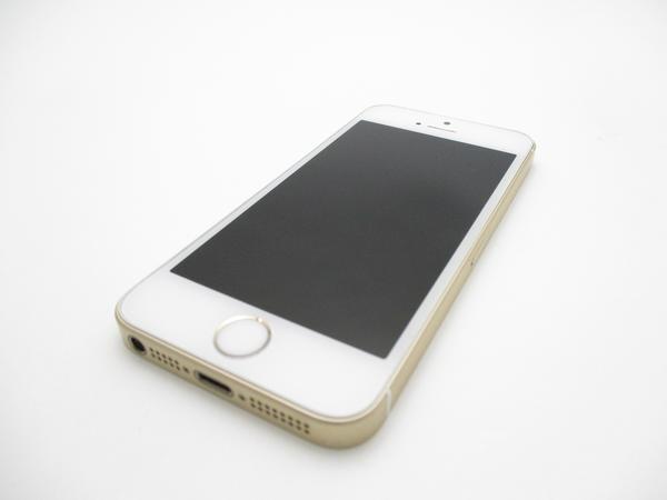 iPhone SE 64GB SoftBank [ゴールド]