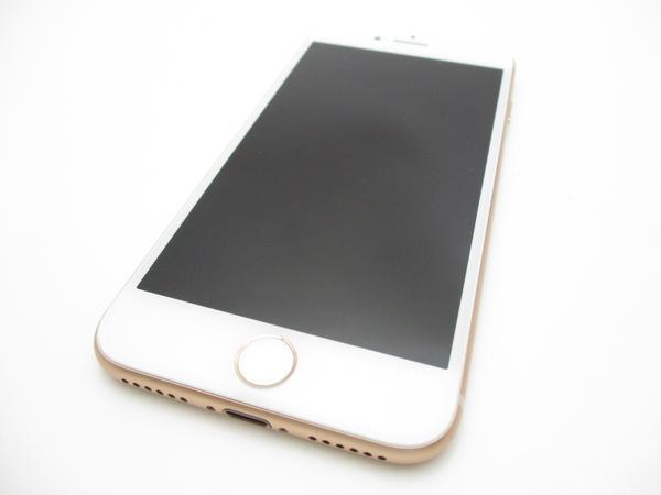 iPhone 8 256GB au [ゴールド]