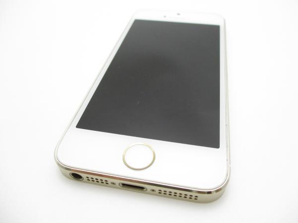 iPhone 5s 32GB docomo [ゴールド]