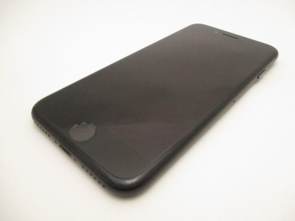 iPhone 7 128GB au [ブラック]